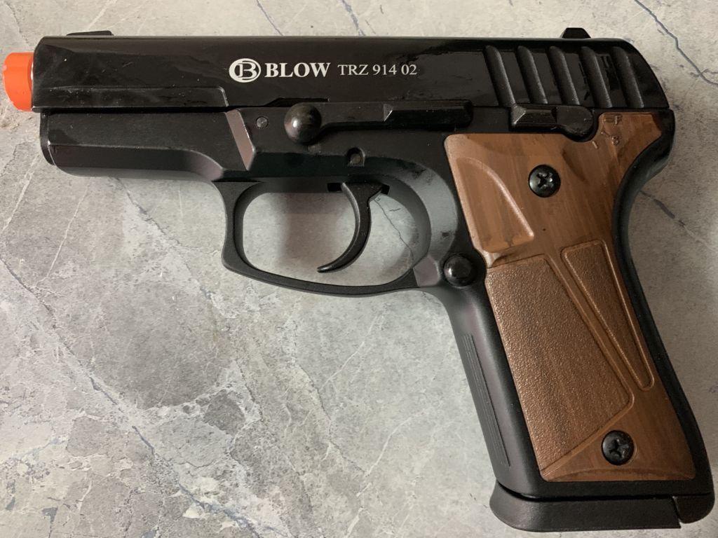 Стартовый пистолет Blow TRZ 914 , 91402 магазин