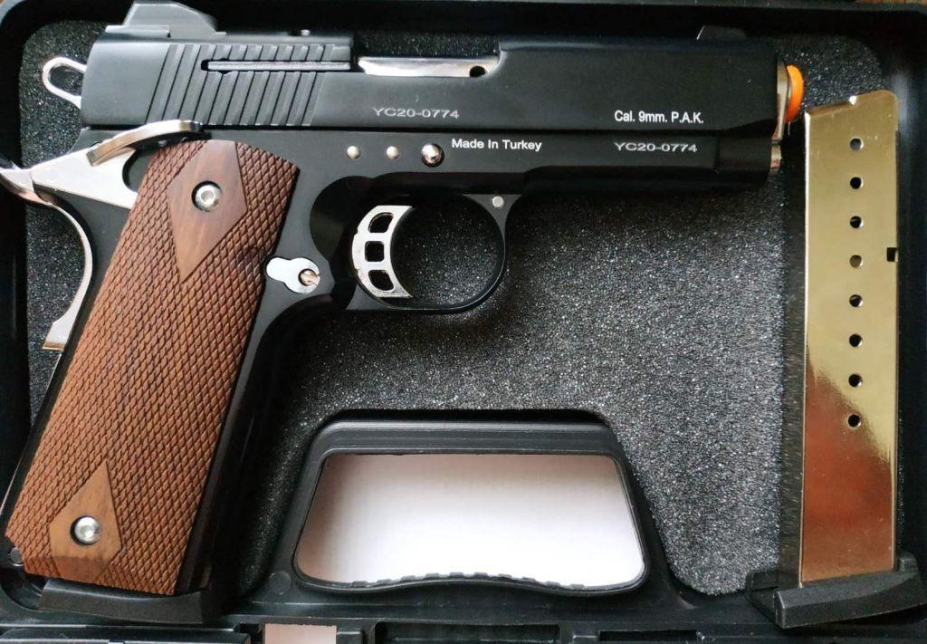 Стартовый пистолет Kuzey 911,911 sx (чёрный) +  магазин.